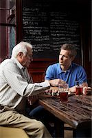 Men in Pub    Stock Photo - Premium Royalty-Freenull, Code: 600-01123750