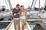 Couple on Dock at Marina    Stock Photo - Premium Royalty-Free, Artist: Masterfile, Code: 600-01173427
