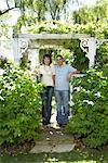Portrait of Couple in Garden    Stock Photo - Premium Royalty-Free, Artist: Masterfile, Code: 600-01173701