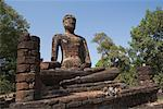 Kamphaeng Phet Historical Park, Kamphaeng Phet Province, Thailand    Stock Photo - Premium Rights-Managed, Artist: dk & dennie cody, Code: 700-01199706