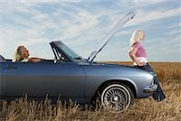 stalled car - Women with Stalled Car    Stock Photo - Premium Rights-Managednull, Code: 700-01199942