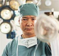 Doctor With Oxygen Mask    Stock Photo - Premium Rights-Managednull, Code: 700-01234814