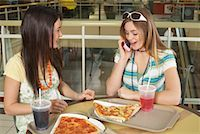 Teenagers at Mall    Stock Photo - Premium Royalty-Freenull, Code: 600-01275525