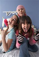 Friends Making Faces    Stock Photo - Premium Royalty-Freenull, Code: 600-01275574