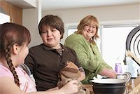 Mother and Children Washing Dishes    Stock Photo - Premium Rights-Managednull, Code: 700-01345065