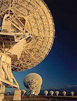 radio telescope - Field of array/satellite dishes Stock Photo - Premium Royalty-Freenull, Code: 613-01404045