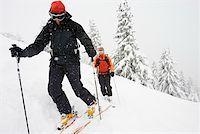 Cross-country skiers Stock Photo - Premium Royalty-Freenull, Code: 604-01571181