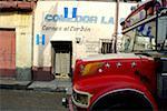 Guatemala, Chichicastenango, bus