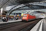 Platform at Berlin Central Station, Berlin, Germany    Stock Photo - Premium Rights-Managed, Artist: Graham French, Code: 700-01585755