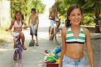 Portrait of a Group of Children    Stock Photo - Premium Royalty-Freenull, Code: 600-01614217