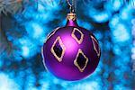 Purple Christmas Ball    Stock Photo - Premium Rights-Managed, Artist: Ken Davies, Code: 700-01695399