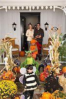 Children Trick or Treating at Halloween    Stock Photo - Premium Royalty-Freenull, Code: 600-01717691