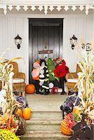 Children Trick or Treating at Halloween    Stock Photo - Premium Royalty-Freenull, Code: 600-01717693