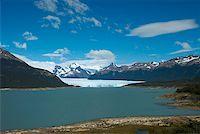 perito moreno glacier - Lake passing through a mountain range, Moreno Glacier, Argentine Glaciers National Park, Lake Argentino, El Calafate, Patagonia Stock Photo - Premium Royalty-Freenull, Code: 625-01751590