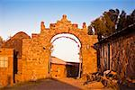 Ruins of an entrance gate, Puerta Del Sol, Lake Titicaca, Taquile Island, Puno, Peru Stock Photo - Premium Royalty-Freenull, Code: 625-01753140