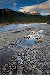 Bow River, Banff National Park, Alberta, Canada    Stock Photo - Premium Royalty-Free, Artist: Ron Stroud, Code: 600-01788759