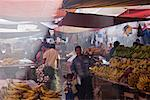 People at Market, Oaxaca, Mexico    Stock Photo - Premium Rights-Managed, Artist: Jeremy Woodhouse, Code: 700-01838822