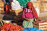 Woman Preparing Vegetables for Market, Oaxaca, Mexico    Stock Photo - Premium Rights-Managed, Artist: Jeremy Woodhouse, Code: 700-01838829