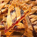Linzer tart, cut into pieces Stock Photo - Premium Royalty-Free, Artist: foodanddrinkphotos, Code: 659-01844196