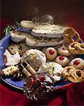 Plate of Christmas biscuits and stollen Stock Photo - Premium Royalty-Free, Artist: foodanddrinkphotos, Code: 659-01867536
