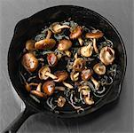 Frying Mushrooms and Onions    Stock Photo - Premium Royalty-Free, Artist: Michael Mahovlich, Code: 600-01956122