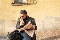 Man eating sandwich Stock Photo - Premium Royalty-Freenull, Code: 649-02053760