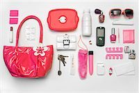 Still Life of Purse and It's Contents    Stock Photo - Premium Rights-Managednull, Code: 700-02055610
