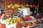 Central Market, Siem Reap, Cambodia    Stock Photo - Premium Rights-Managed, Artist: Edward Pond, Code: 700-02071191