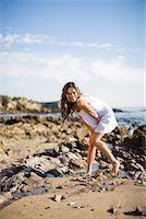 sandi model - Portrait of Woman on the Beach, Corona del Mar, Newport Beach, California, USA    Stock Photo - Premium Rights-Managednull, Code: 700-02080864
