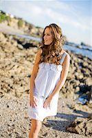 sandi model - Portrait of Woman on the Beach, Corona del Mar, Newport Beach, California, USA    Stock Photo - Premium Rights-Managednull, Code: 700-02080865