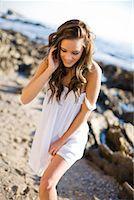 sandi model - Portrait of Woman on the Beach, Corona del Mar, Newport Beach, California, USA    Stock Photo - Premium Rights-Managednull, Code: 700-02080866