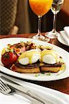 Eggs Benedict    Stock Photo - Premium Royalty-Free, Artist: John Cullen, Code: 600-02081634