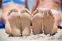 Women's Sandy Feet on the Beach, San Clemente, Newport Beach, Orange County, Southern California, California, USA    Stock Photo - Premium Rights-Managednull, Code: 700-02081932