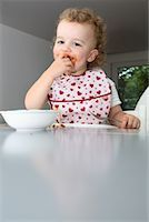 Baby Eating Spaghetti    Stock Photo - Premium Rights-Managednull, Code: 700-02216102