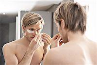 Man Applying Beauty Treatment    Stock Photo - Premium Rights-Managednull, Code: 700-02244620