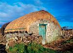 Thatched Shed, St Johns Point, Co Donegal, Ireland    Stock Photo - Premium Rights-Managed, Artist: IIC, Code: 832-02254731
