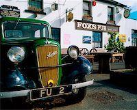 saloon - Fox's Pub, Co Wicklow, Ireland.    Stock Photo - Premium Rights-Managednull, Code: 832-02254921