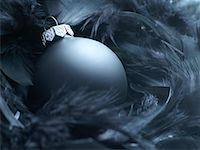 Christmas Ornament in Feathers    Stock Photo - Premium Royalty-Freenull, Code: 600-02264807