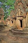 Banteay Srei, Angkor, Cambodia    Stock Photo - Premium Rights-Managed, Artist: J. A. Kraulis, Code: 700-02265596