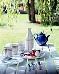 set table in garden    Stock Photo - Premium Rights-Managed, Artist: Photocuisine, Code: 825-02306186