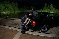 Man Disposing of Woman's Body    Stock Photo - Premium Royalty-Freenull, Code: 600-02348075