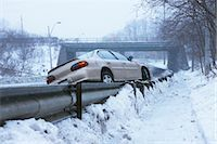 Tow Truck Pulling Car Off Guard Rail on Icy Highway, Toronto, Ontario, Canada    Stock Photo - Premium Rights-Managednull, Code: 700-02348738