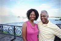 Couple at Niagara Falls, Ontario, Canada    Stock Photo - Premium Rights-Managednull, Code: 700-02593657