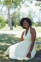 Portrait of Woman, Niagara Falls, Ontario, Canada    Stock Photo - Premium Royalty-Freenull, Code: 600-02593740