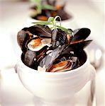 Mussels    Stock Photo - Premium Rights-Managed, Artist: foodanddrinkphotos, Code: 824-02625185