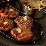 Steaks    Stock Photo - Premium Rights-Managed, Artist: foodanddrinkphotos, Code: 824-02625312