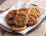 White Chocolate Chip Cookies    Stock Photo - Premium Rights-Managed, Artist: foodanddrinkphotos, Code: 824-02625322