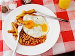 Chips, Beans and Fried Egg    Stock Photo - Premium Rights-Managed, Artist: foodanddrinkphotos, Code: 824-02625658