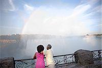 Couple at Niagara Falls, Ontario, Canada    Stock Photo - Premium Rights-Managednull, Code: 700-02637178