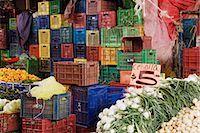 Vegetable Market Stand, Patzcuaro, Michoacan, Mexico    Stock Photo - Premium Royalty-Freenull, Code: 600-02694345
